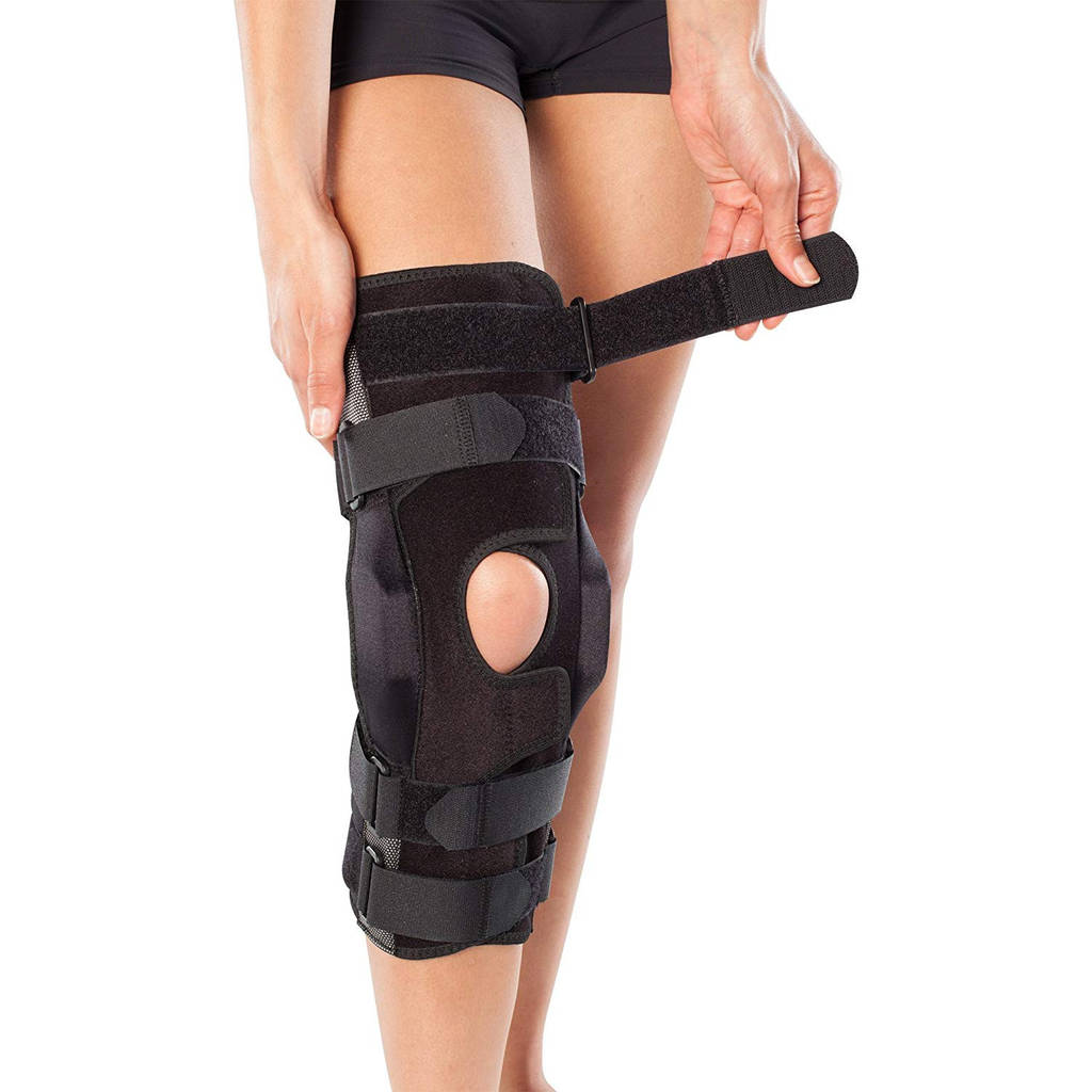 edc01b9a9d Amazon BioSkin Gladiator Knee Brace – Adjustable Hinged Knee Brace for ACL  MCL LCL PCL and