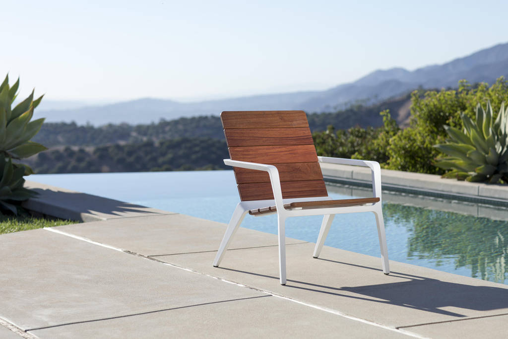 Forms and Surfaces Light Column Pedestrian Best Of Vaya Chair Outdoor