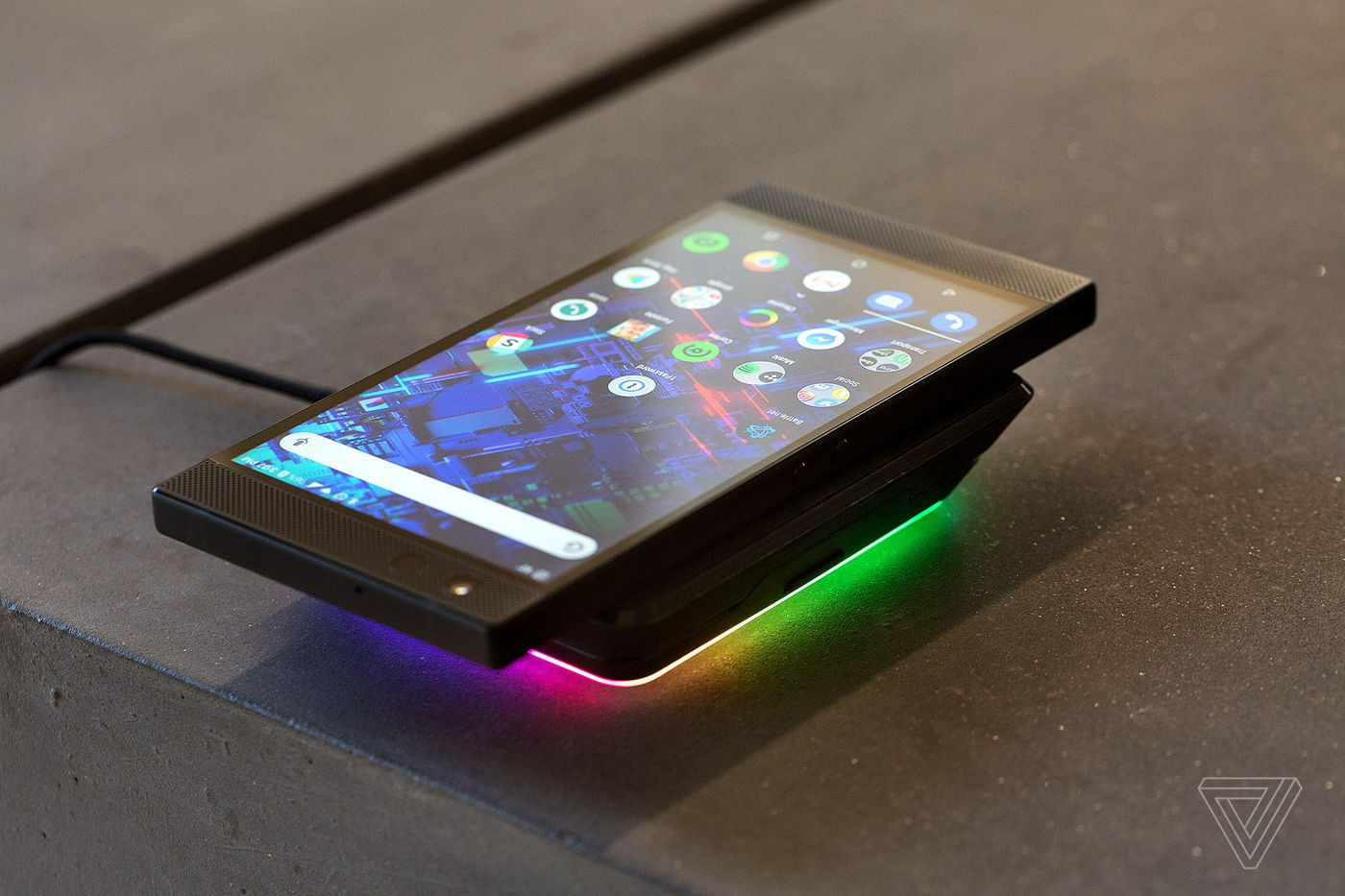 Google forms On Mobile Devices Inspirational Razer Phone 2 Review It Glows but It Doesn T Shine the Verge